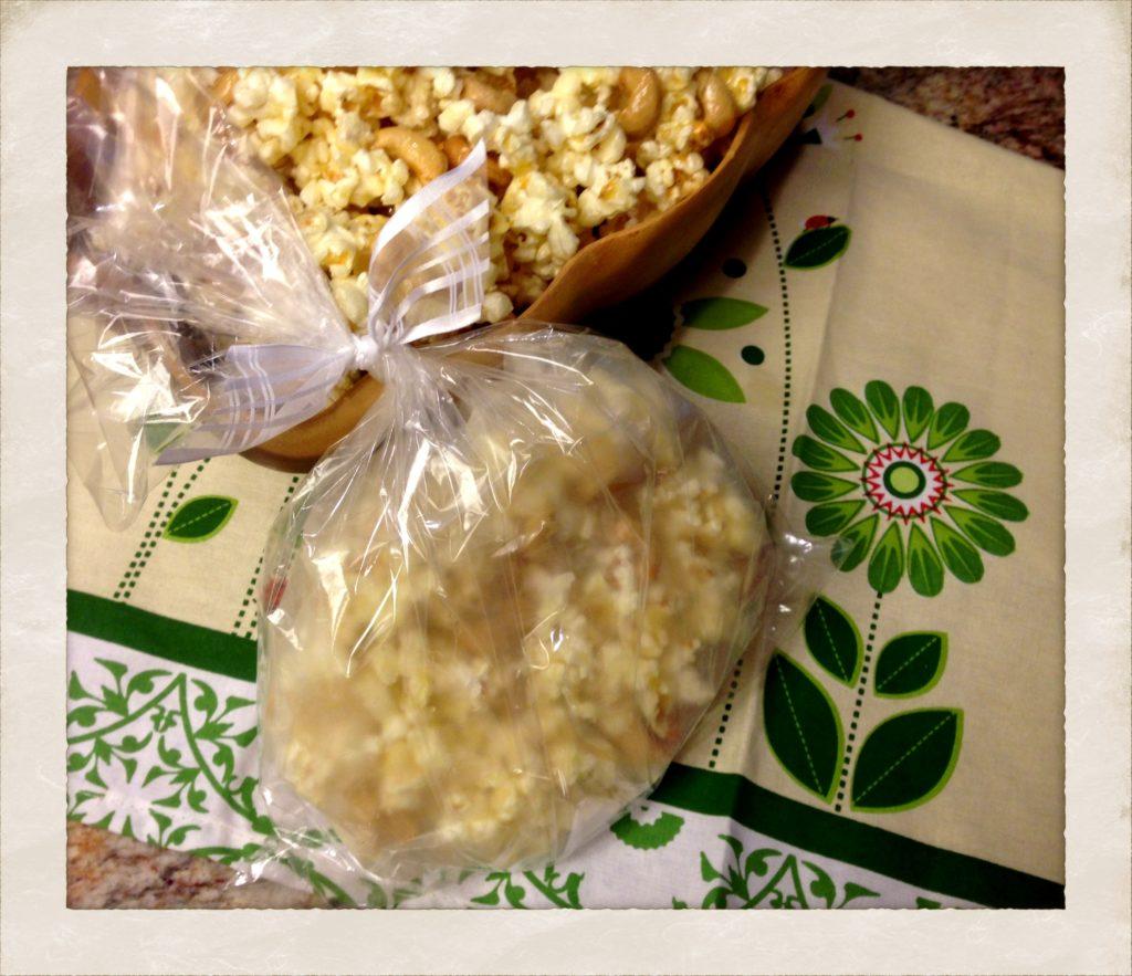 Caramel popcorn gift bags!