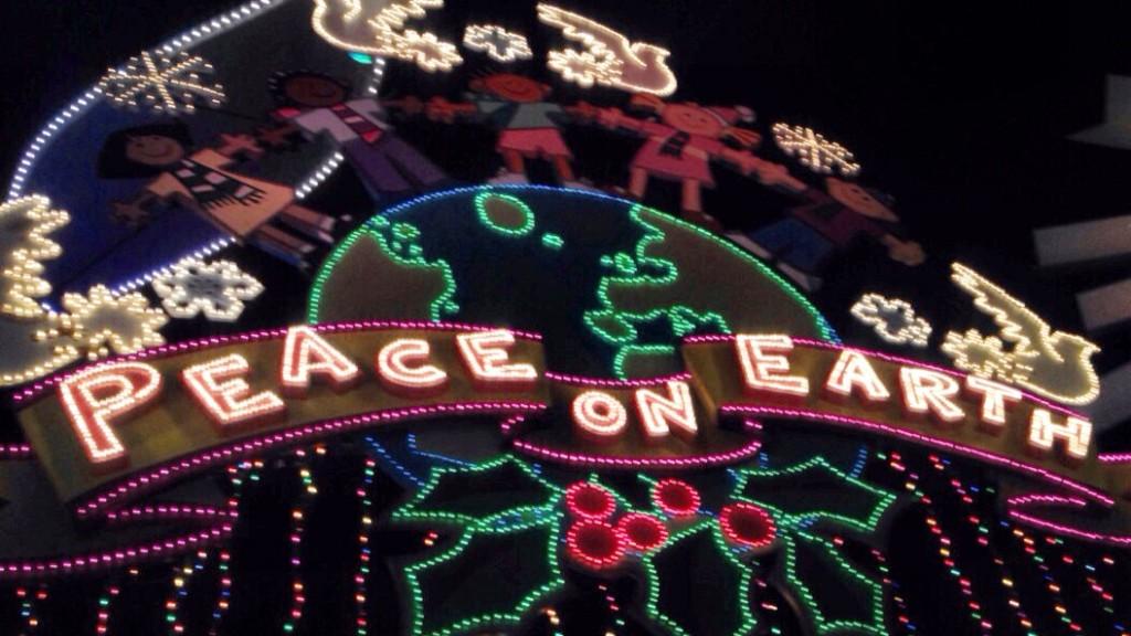 Disney Christmas! www.mytributejournal.com