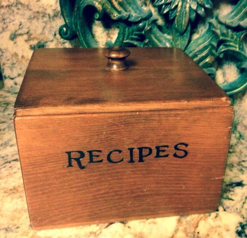 Vintage Recipe Box. www.mytribuejournal.com