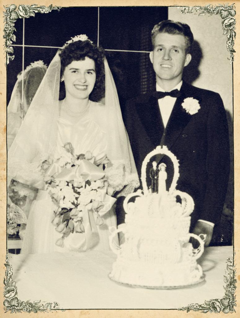 Vintage wedding! www.mytributejournal.com