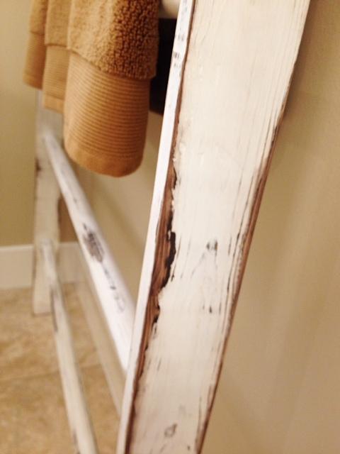 Vintage Ladder Towel Rack www.mytributejournal.com