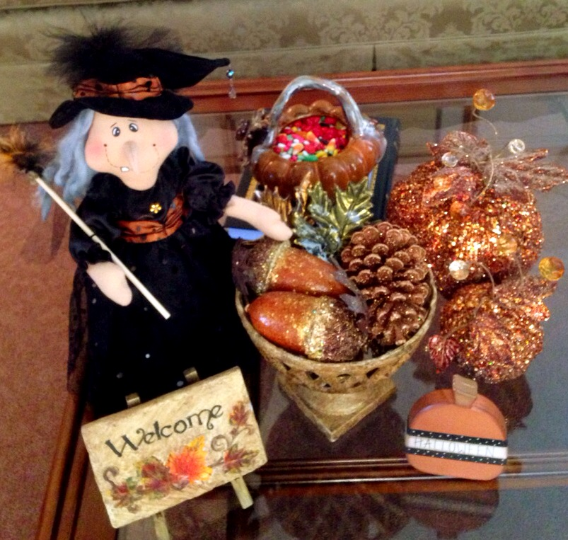 Halloween decorations www.mytributejournal.com