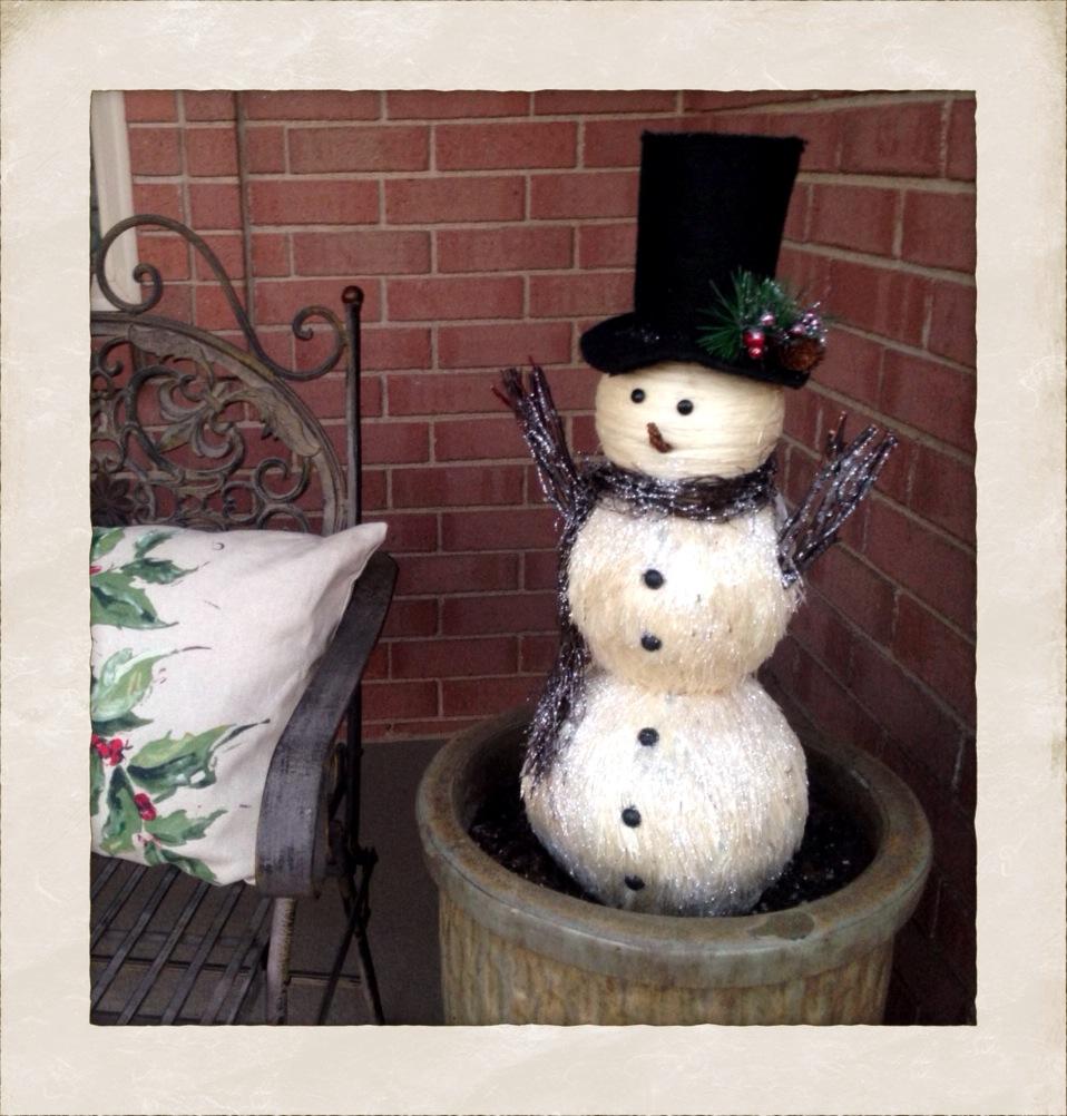 Pier One Imports snowman www.mytributejournal.com