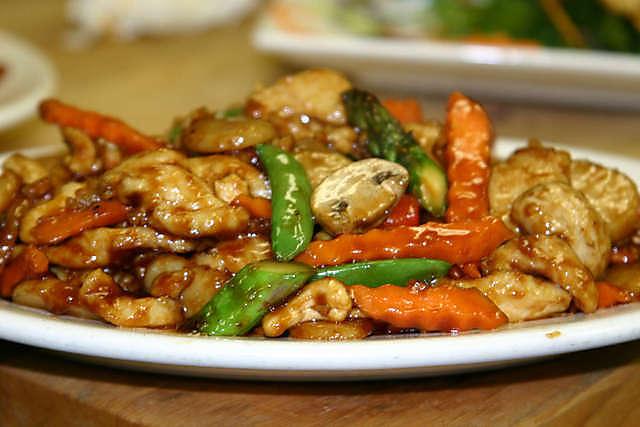 Mandarin Restaurant's cashew chicken. www.mytributtejournal.com