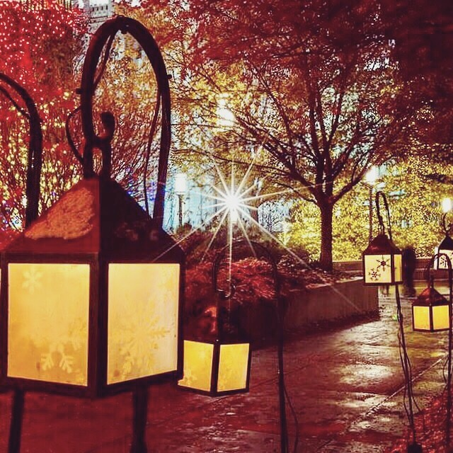Lantern light display at Temple square