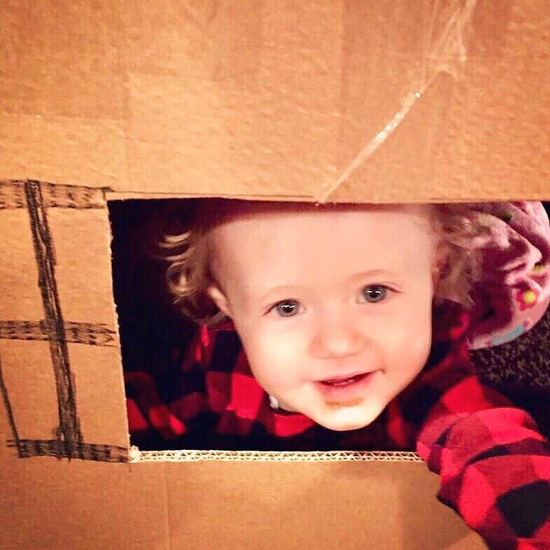 Creative play! Making a box huts!